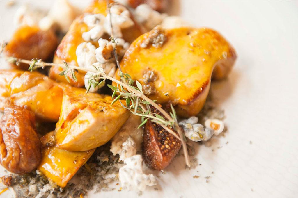 Foie asado con brevas y maíz, en el Restaurante Nou Manolín de Alicante
