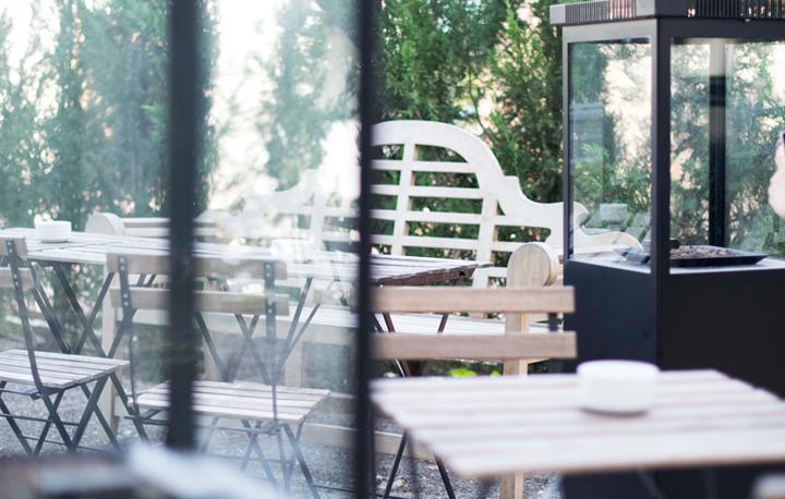 Abrimos nueva terraza polivalente en Pópuli Bistró, aclimatada y lista
